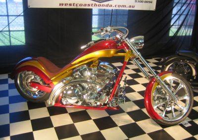 02-custom-leather-bike-seat