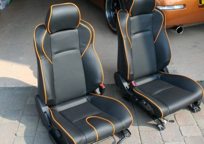 05-nissan-350z-black-leather-orange-piping-seats
