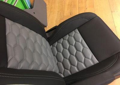 08-ford-transit-custom-leather-seat-hexagon-stitch