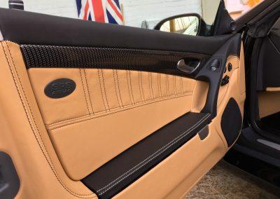 14-mercedes-amg-sl55-nappa-leather-door