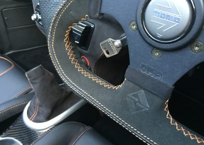 14-ultima-gtr-black-nappa-leather-alcantara-orange-stitching-steering-wheel