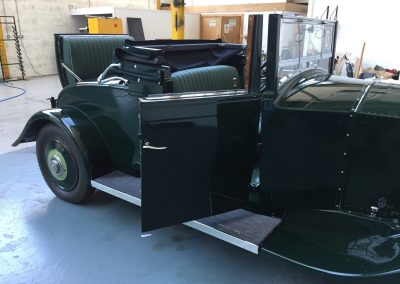 16-rolls-royce-1931-coupe-interior-restoration-green-leather