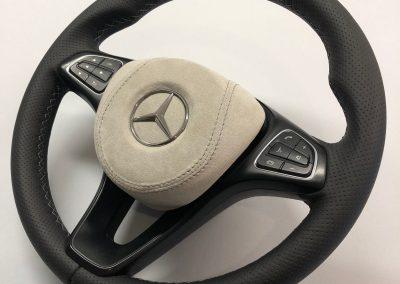 34-mercedes-vito-steering-wheel-black-perforated-leather-grey-alcantara