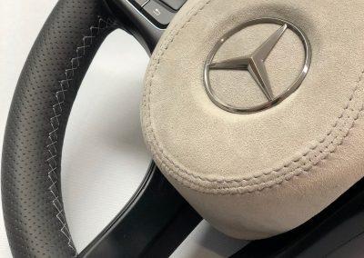 35-mercedes-vito-steering-wheel-black-perforated-leather-grey-alcantara