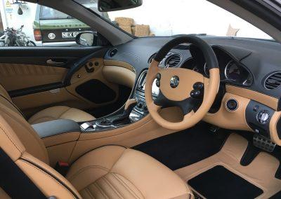 5-mercedes-amg-sl55-nappa-leather-dashboard-seats-steering-wheel