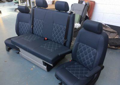01-vw-t5-seats-leather-diamond-stitch-embossed-logo