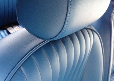 03-triumph-stag-interior-restoration-blue-leather-seats