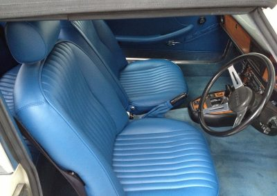 04-triumph-stag-interior-restoration-blue-leather-new-carpets