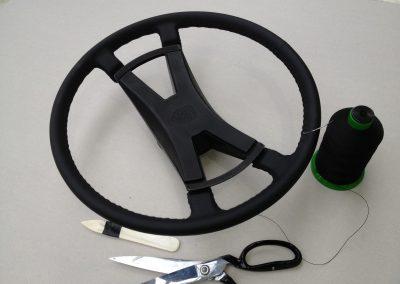 05-vintage-porsche-911-steering-wheel-leather-retrim