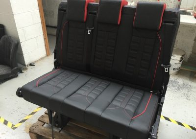 06-mercedes-vito-custom-camper-leather-rock-and-roll-bed