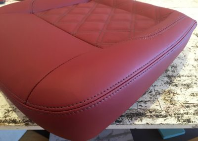07-t5-leather-seats-twin-bentley-stitched diamonds