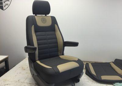 08-t5-leather-custom-seat