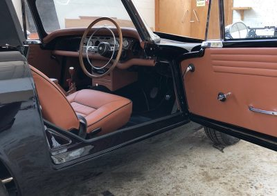 10-sunbeam-tiger-restoration-saddle-leather-seats-doors