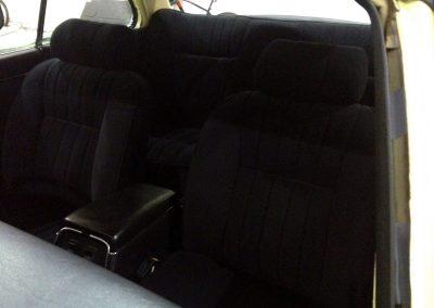 14-jaguar-xjs-coupe-black-cloth