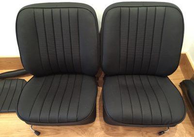 14-porsche-911-leather-seats