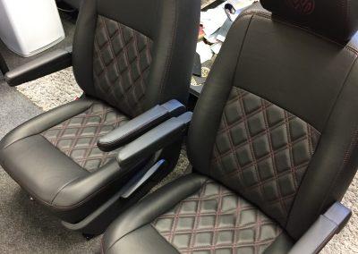 15-t5-leather-seats-purple-stitching
