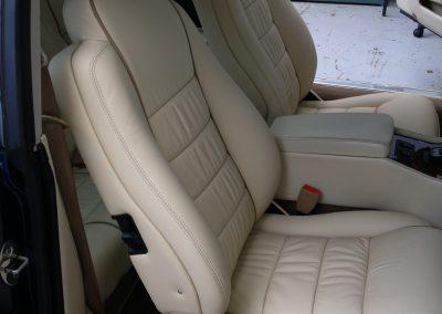 16-jaguar-coupe-magnolia-leather-interior