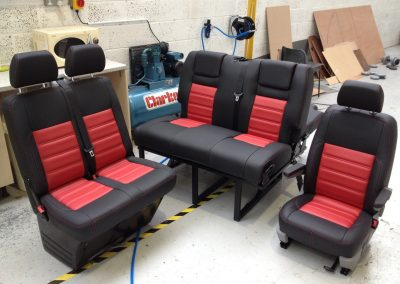 17-t5-leather-seats-black-red