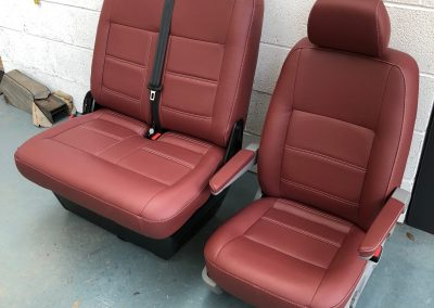 21-t5-leather-seats-red