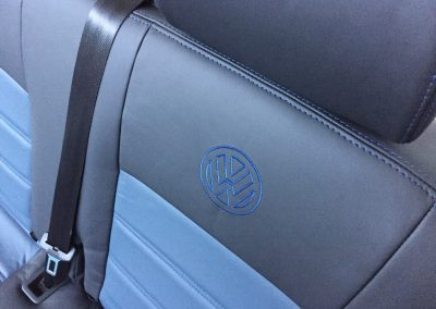 22-t5-leather-seats-blue-embroidered-logo