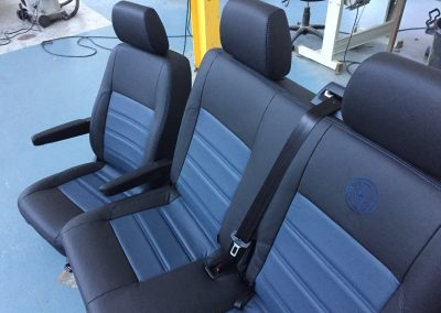 23-t5-leather-seats-blue-embroidered-logo