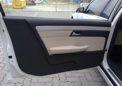 24-mourning-car-interior-leather-door