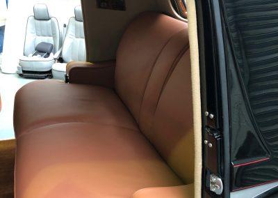 26-1954-classic-bentley-interior-restoration-saddle-leather