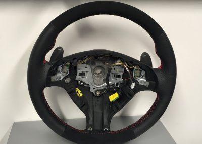28-bmw-m3-steering-wheel-black-perforated-leather-alcantara-red-stitch