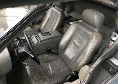 3-delorean-seats-before-retrim