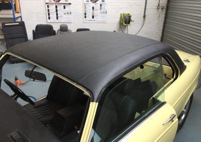 35-jaguar-coupe-vinyl-roof
