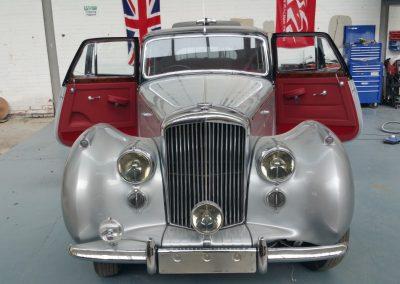 4-bentley-interior-custom-leather-restoration