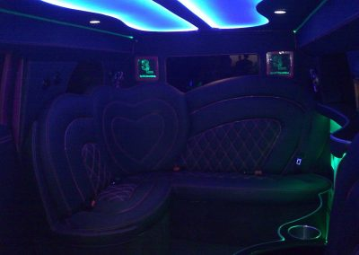 6-limousine-interior-leather-seats-led-ceiling
