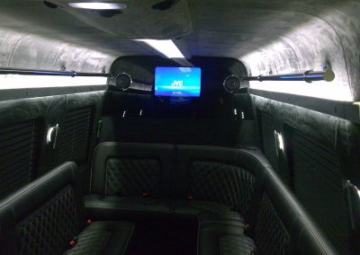 8-limousine-interior-leather-seats-tv-led-ceiling