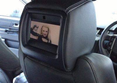 15-range-rover-sport-headrest-screen